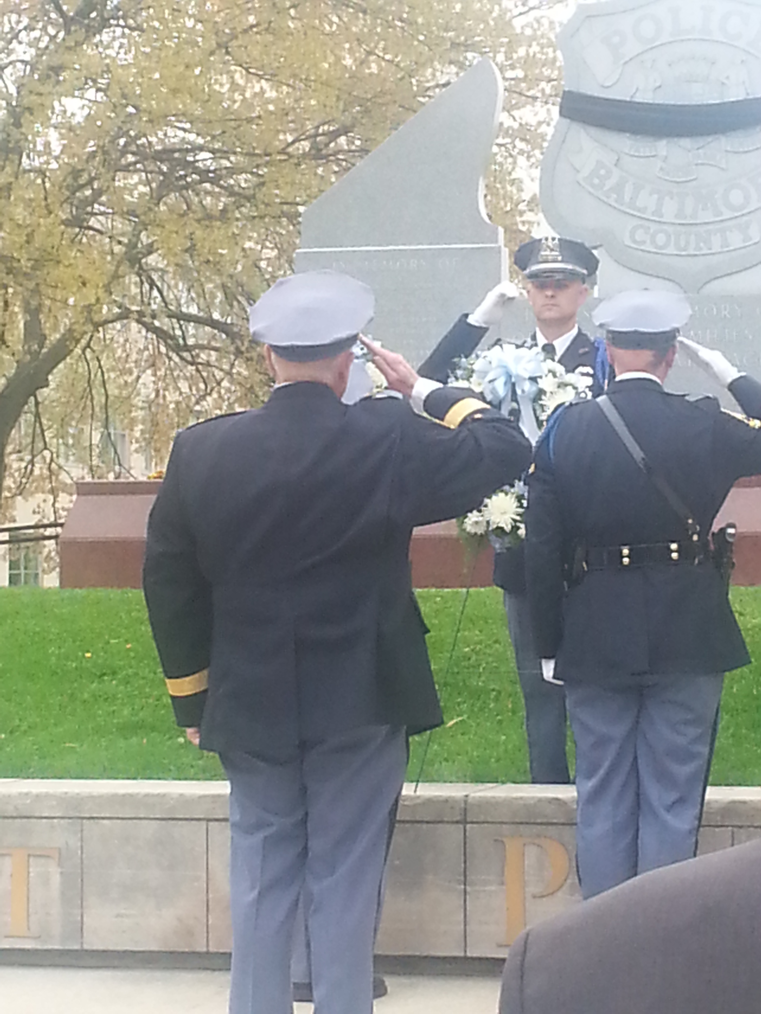 Chief Johnson lays a wreath at the Police Memorial in Patriot Plaza.